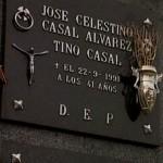 Lápida de Tino Casal, el rey del glam español